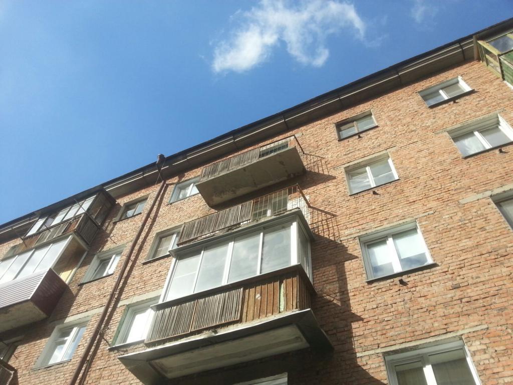 Демонтаж разрушенной балконной плиты сибальпмастер.